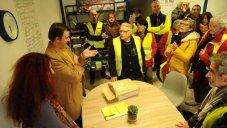 Remise des pétitions demandant la destitution du Président de la République, Permanence parlementaire de Foix - 01/02/19